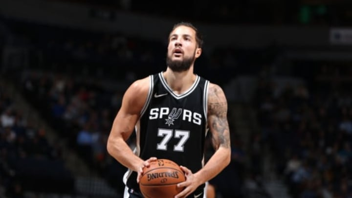 MINNEAPOLIS, MN – NOVEMBER 15: Joffrey Lauvergne #77 of the San Antonio Spurs shoots a free throw against the Minnesota Timberwolves on November 15, 2017 at Target Center in Minneapolis, Minnesota. NOTE TO USER: User expressly acknowledges and agrees that, by downloading and or using this Photograph, user is consenting to the terms and conditions of the Getty Images License Agreement. Mandatory Copyright Notice: Copyright 2017 NBAE (Photo by David Sherman/NBAE via Getty Images)