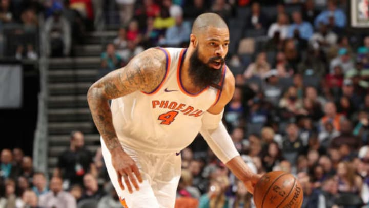 CHARLOTTE, NC – MARCH 10: Tyson Chandler #4 of the Phoenix Suns handles the ball during the game against the Charlotte Hornets on March 10, 2018 at Spectrum Center in Charlotte, North Carolina. NOTE TO USER: User expressly acknowledges and agrees that, by downloading and or using this photograph, User is consenting to the terms and conditions of the Getty Images License Agreement. Mandatory Copyright Notice: Copyright 2018 NBAE (Photo by Kent Smith/NBAE via Getty Images)