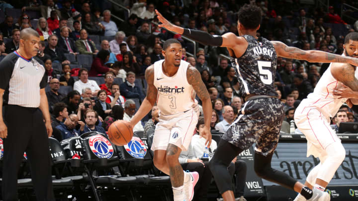 WASHINGTON, DC -¬MARCH 27: Bradley Beal #3 of the Washington Wizards handles the ball against the San Antonio Spurs on March 27, 2018 at Capital One Arena in Washington, DC. (Photo by Ned Dishman/NBAE via Getty Images)