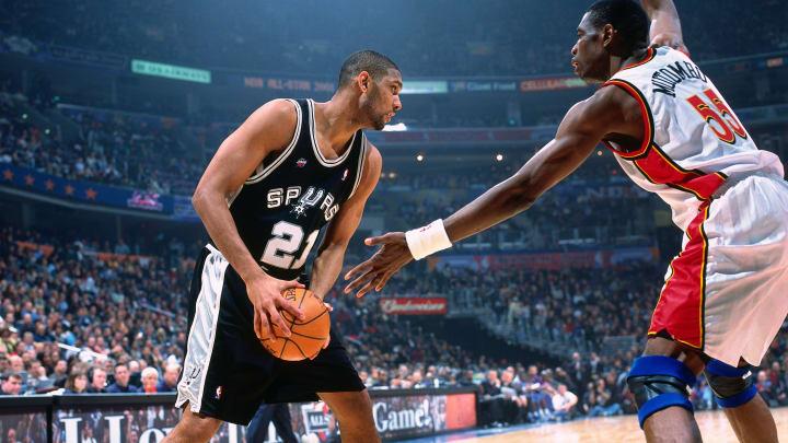 OAKLAND, CA – FEBRUARY 13: San Antonio Spurs Tim Duncan