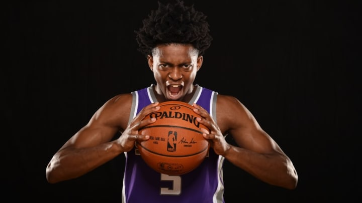 TARRYTOWN, NY - AUGUST 11: De'Aaron Fox #5 of the Sacramento Kings poses for a photo during the 2017 NBA Rookie Photo Shoot at MSG training center on August 11, 2017 in Tarrytown, New York. NOTE TO USER: User expressly acknowledges and agrees that, by downloading and or using this photograph, User is consenting to the terms and conditions of the Getty Images License Agreement. (Photo by Brian Babineau/Getty Images)