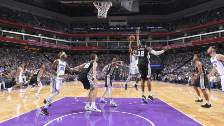 SACRAMENTO, CA - OCTOBER 2: Frank Mason III #10 of the Sacramento Kings shoots the ball against the San Antonio Spurs during the preseason game on October 2, 2017 at Golden 1 Center in Sacramento, California. NOTE TO USER: User expressly acknowledges and agrees that, by downloading and or using this Photograph, user is consenting to the terms and conditions of the Getty Images License Agreement. Mandatory Copyright Notice: Copyright 2017 NBAE (Photo by Rocky Widner/NBAE via Getty Images)