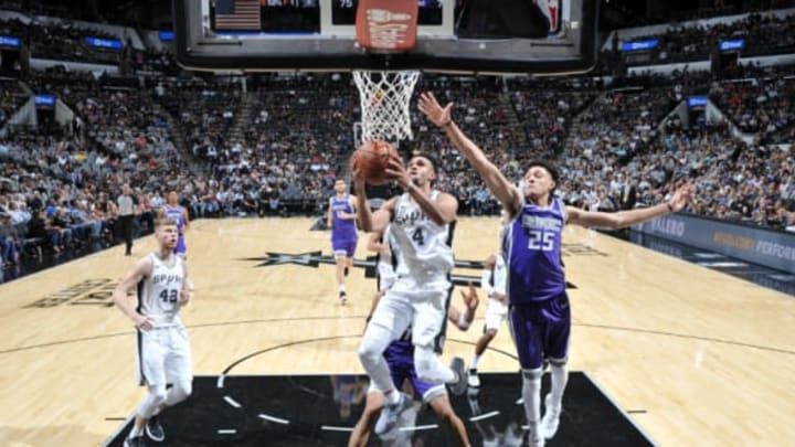 SAN ANTONIO, TX – OCTOBER 6: Derrick White #4 of the San Antonio Spurs goes to the basket against the Sacramento Kings on October 6, 2017 at the AT&T Center in San Antonio, Texas. NOTE TO USER: User expressly acknowledges and agrees that, by downloading and or using this photograph, user is consenting to the terms and conditions of the Getty Images License Agreement. Mandatory Copyright Notice: Copyright 2017 NBAE (Photos by Mark Sobhani/NBAE via Getty Images)