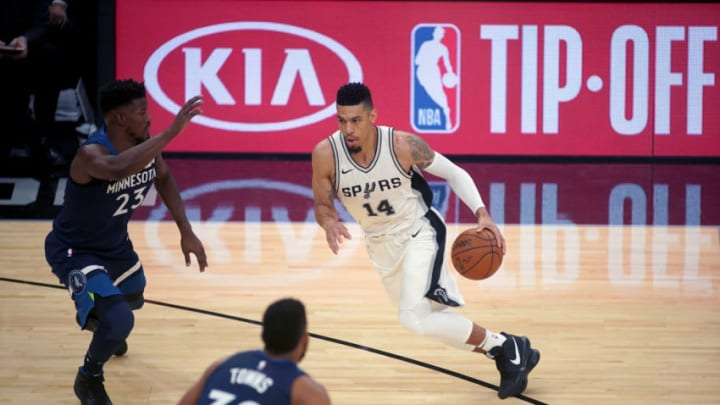 SAN ANTONIO, TX - OCTOBER 18: Danny Green #14 of the San Antonio Spurs handles the ball against the Minnesota Timberwolves on October 18, 2017 at the AT&T Center in San Antonio, Texas. NOTE TO USER: User expressly acknowledges and agrees that, by downloading and or using this photograph, user is consenting to the terms and conditions of the Getty Images License Agreement. Mandatory Copyright Notice: Copyright 2017 NBAE (Photos by Darren Carroll/NBAE via Getty Images)
