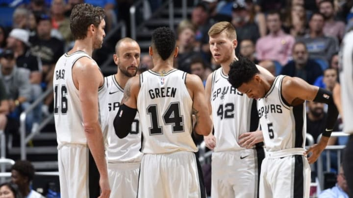 ORLANDO, FL - OCTOBER 27: The San Antonio Spurs huddle during the game against the Orlando Magic on October 27, 2017 at Amway Center in Orlando, Florida. NOTE TO USER: User expressly acknowledges and agrees that, by downloading and or using this photograph, User is consenting to the terms and conditions of the Getty Images License Agreement. Mandatory Copyright Notice: Copyright 2017 NBAE (Photo by Fernando Medina/NBAE via Getty Images)