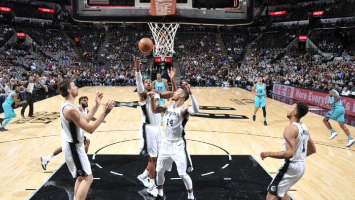 SAN ANTONIO, TX - NOVEMBER 3: LaMarcus Aldridge #12 of the San Antonio Spurs shoots the ball against the Charlotte Hornets on November 3, 2017 at the AT&T Center in San Antonio, Texas. NOTE TO USER: User expressly acknowledges and agrees that, by downloading and or using this photograph, user is consenting to the terms and conditions of the Getty Images License Agreement. Mandatory Copyright Notice: Copyright 2017 NBAE (Photos by Mark Sobhani/NBAE via Getty Images)