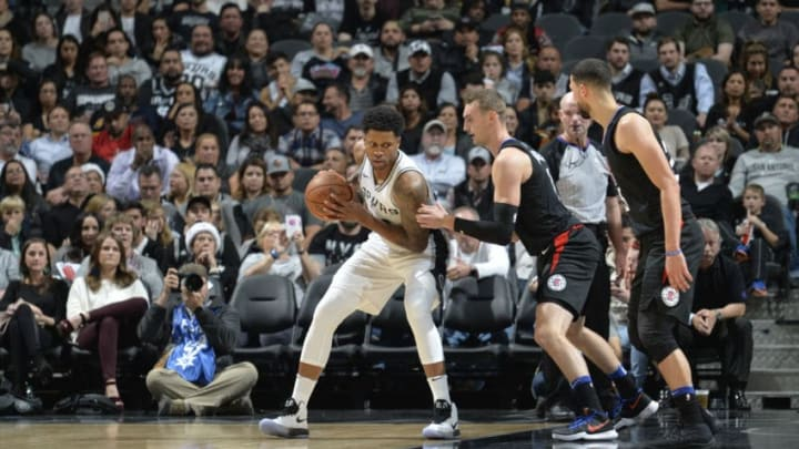 SAN ANTONIO, TX - DECEMBER 18: Rudy Gay #22 of the San Antonio Spurs handles the ball against the LA Clippers on December 18, 2017 at the AT&T Center in San Antonio, Texas. NOTE TO USER: User expressly acknowledges and agrees that, by downloading and or using this photograph, user is consenting to the terms and conditions of the Getty Images License Agreement. Mandatory Copyright Notice: Copyright 2017 NBAE (Photos by Mark Sobhani/NBAE via Getty Images)