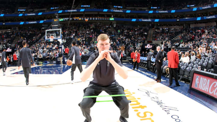 SALT LAKE CITY, UT - DECEMBER 21: Davis Bertans #42 of the San Antonio Spurs stretches before the game against the Utah Jazz on DECEMBER 21, 2017 at vivint.SmartHome Arena in Salt Lake City, Utah. NOTE TO USER: User expressly acknowledges and agrees that, by downloading and or using this Photograph, User is consenting to the terms and conditions of the Getty Images License Agreement. Mandatory Copyright Notice: Copyright 2017 NBAE (Photo by Melissa Majchrzak/NBAE via Getty Images)