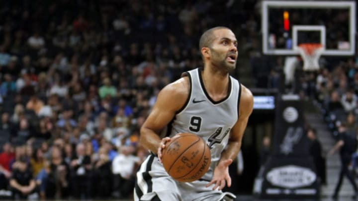 SAN ANTONIO,TX - JANUARY 21 : Tony Parker #9 of the San Antonio Spurs drives against the Indiana Pacers at AT&T Center on January 21, 2018 in San Antonio, Texas. NOTE TO USER: User expressly acknowledges and agrees that , by downloading and or using this photograph, User is consenting to the terms and conditions of the Getty Images License Agreement. (Photo by Ronald Cortes/Getty Images)