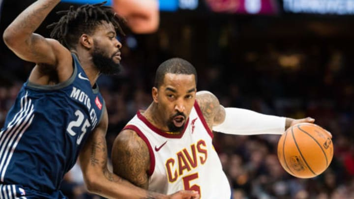 CLEVELAND, OH – MARCH 5: Reggie Bullock #25 of the Detroit Pistons guards JR Smith #5 of the Cleveland Cavaliers during the second half at Quicken Loans Arena on March 5, 2018 in Cleveland, Ohio. The Cavaliers defeated the Pistons 112-90. NOTE TO USER: User expressly acknowledges and agrees that, by downloading and or using this photograph, User is consenting to the terms and conditions of the Getty Images License Agreement. (Photo by Jason Miller/Getty Images)
