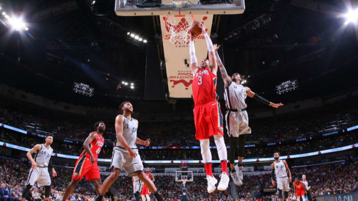 NEW ORLEANS, LA - APRIL 11: Nikola Mirotic #3 of the New Orleans Pelicans dunks against the San Antonio Spurs on April 11, 2018 at Smoothie King Center in New Orleans, Louisiana. NOTE TO USER: User expressly acknowledges and agrees that, by downloading and or using this Photograph, user is consenting to the terms and conditions of the Getty Images License Agreement. Mandatory Copyright Notice: Copyright 2018 NBAE (Photo by Layne Murdoch Jr./NBAE via Getty Images)