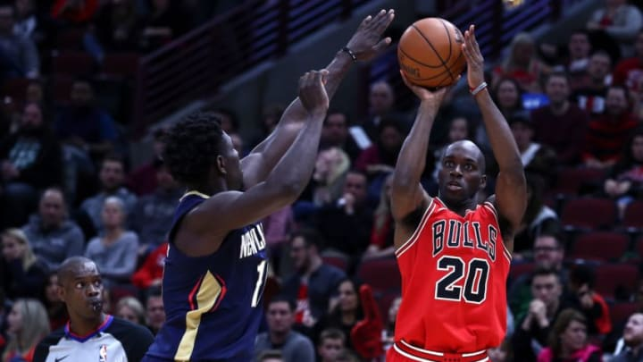 CHICAGO, USA - NOVEMBER 4: Quincy Pondexter (20) of the Chicago Bulls in action during an NBA Game between Chicago Bulls and New Orleans Pelicans at the United Center in Chicago, IL, United States on November 4, 2017. (Photo by Bilgin S. Sasmaz/Anadolu Agency/Getty Images)