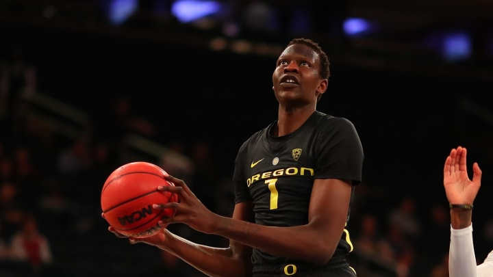 NEW YORK, NY – NOVEMBER 15: Oregon Ducks center Bol Bol (1) during the second half of the College Basketball game between the Oregon Ducks and the Iowa Hawkeyes on November 15, 2018 at Madison Square Garden in New York City, NY. (Photo by Rich Graessle/Icon Sportswire via Getty Images)