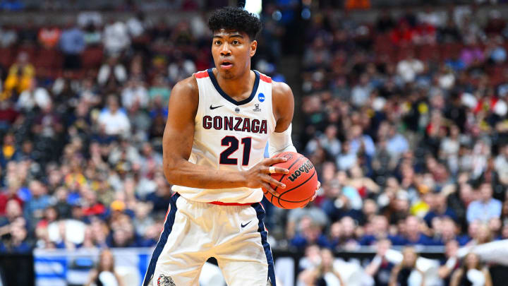 ANAHEIM, CA – MARCH 28: Gonzaga forward Rui Hachimura (21) looks to make a pass during the NCAA Division I Men's Championship Sweet Sixteen game (Photo by Brian Rothmuller/Icon Sportswire via Getty Images)