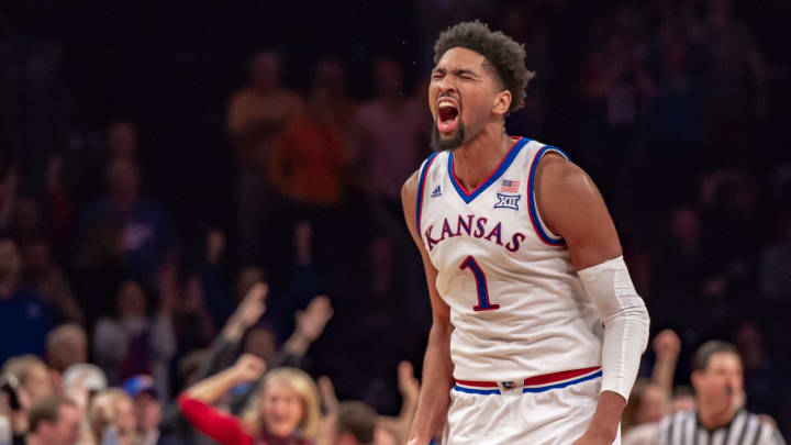 BROOKLYN, NY – NOVEMBER 23: Kansas Jayhawks forward Dedric Lawson (1) reacts during overtime of the NIT Season Tip-Off college basketball championship game (Photo by John Jones/Icon Sportswire via Getty Images)