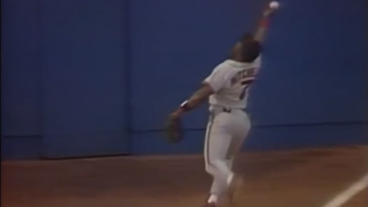 SF@STL Kevin Mitchell makes unbelievable catch - YouTube