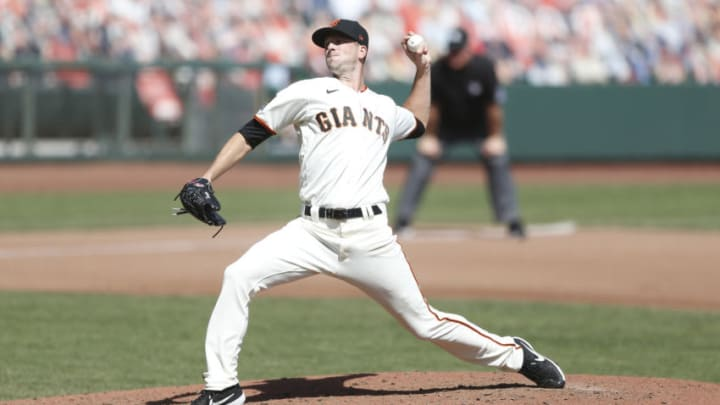 SAN FRANCISCO, CALIFORNIA - SEPTEMBER 27: Drew Smyly #18 of the San Francisco Giants pitches against the San Diego Padres at Oracle Park on September 27, 2020 in San Francisco, California. (Photo by Lachlan Cunningham/Getty Images)