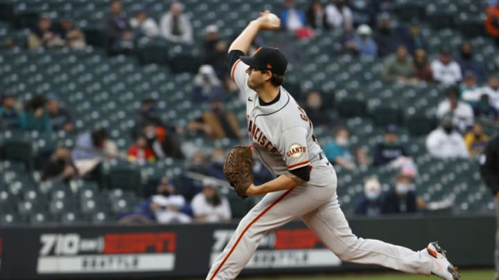 SEATTLE, WASHINGTON - APRIL 01: Kevin Gausman #34 of the SF Giants pitches against the Seattle Mariners in the first inning on Opening Day at T-Mobile Park on April 01, 2021 in Seattle, Washington. (Photo by Steph Chambers/Getty Images)