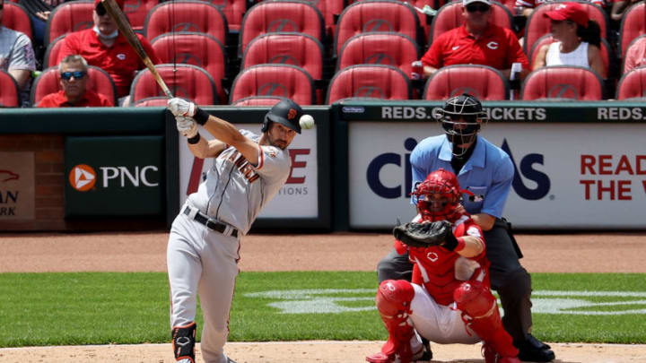 CINCINNATI, OHIO - MAY 20: Steven Duggar #6 of the San Francisco Giants hits a single in the fifth inning against the Cincinnati Reds at Great American Ball Park on May 20, 2021 in Cincinnati, Ohio. (Photo by Dylan Buell/Getty Images)