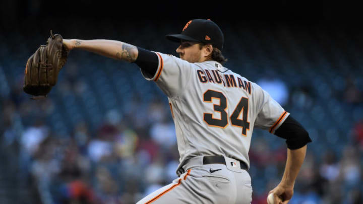 PHOENIX, ARIZONA - MAY 25: Kevin Gausman #34 of the San Francisco Giants delivers a pitch against the Arizona Diamondbacks at Chase Field on May 25, 2021 in Phoenix, Arizona. (Photo by Norm Hall/Getty Images)