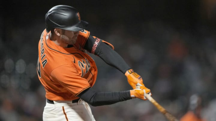 SAN FRANCISCO, CALIFORNIA - JUNE 04: Evan Longoria #10 of the San Francisco Giants bats against the Chicago Cubs in the bottom of the six inning at Oracle Park on June 04, 2021 in San Francisco, California. (Photo by Thearon W. Henderson/Getty Images)