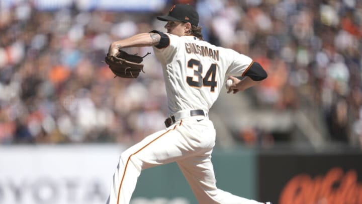 SAN FRANCISCO, CALIFORNIA - OCTOBER 02: Kevin Gausman #34 of the San Francisco Giants pitches against the San Diego Padres in the top of the first inning at Oracle Park on October 02, 2021 in San Francisco, California. (Photo by Thearon W. Henderson/Getty Images)