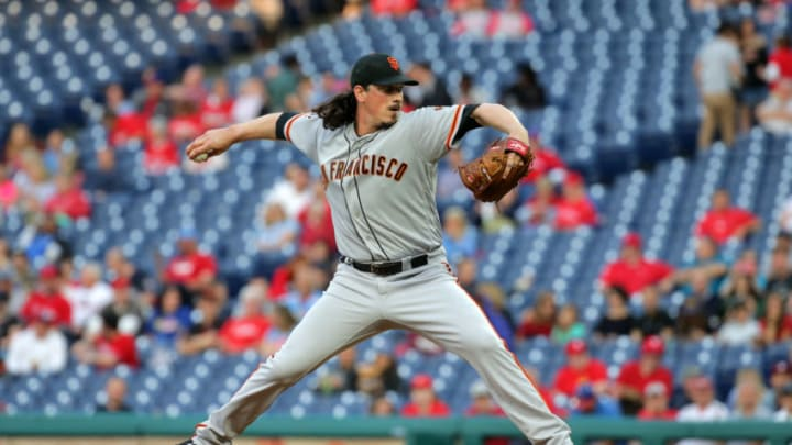 PHILADELPHIA, PA - MAY 07: Starter Jeff Samardzija #29 of the San Francisco Giants throws a pitch in the first inning during a game against the Philadelphia Phillies at Citizens Bank Park on May 7, 2018 in Philadelphia, Pennsylvania. (Photo by Hunter Martin/Getty Images)