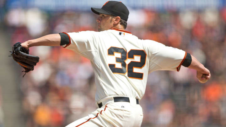SAN FRANCISCO, CA - AUGUST 29: Ryan Vogelsong #32 of the San Francisco Giants pitches against the St. Louis Cardinals during the first inning at AT&T Park on August 29, 2015 in San Francisco, California. (Photo by Jason O. Watson/Getty Images)