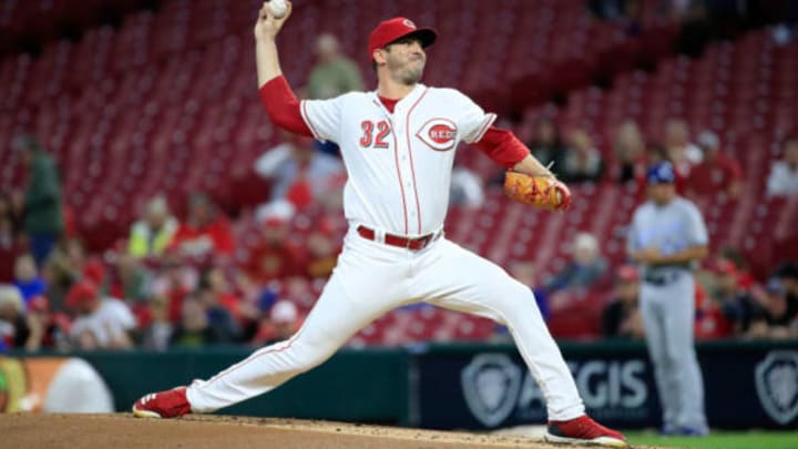 CINCINNATI, OH – SEPTEMBER 25: Matt Harvey #32 of the Cincinnati Reds throws a pitch against the Kansas City Royals at Great American Ball Park on September 25, 2018 in Cincinnati, Ohio. (Photo by Andy Lyons/Getty Images)