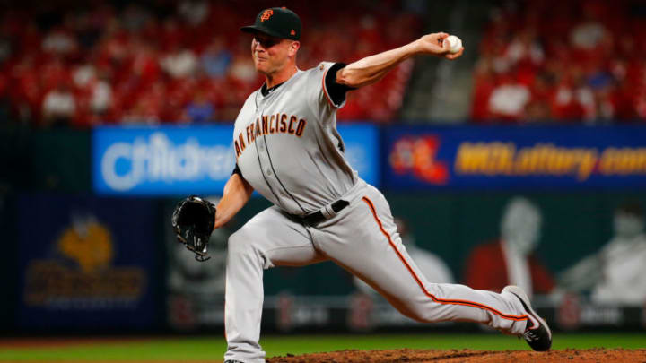 Giants reliever Tony Watson. (Photo by Dilip Vishwanat/Getty Images)