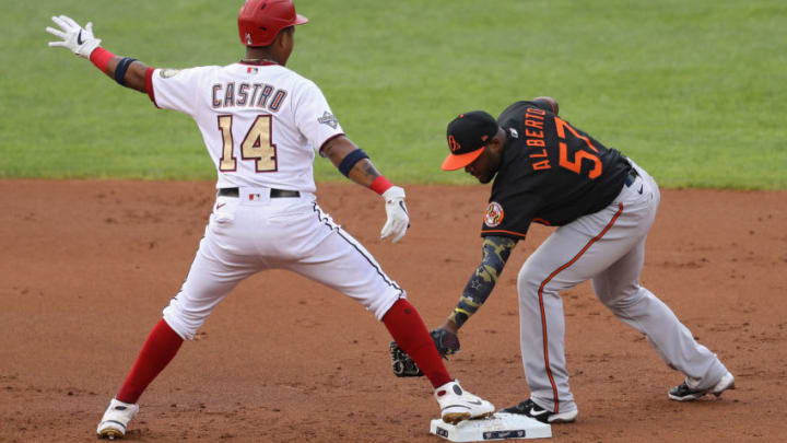 Starlin Castro of the Washington Nationals beats the tag by former SF Giants infielder Hanser Alberto. (Photo by Patrick Smith/Getty Images)