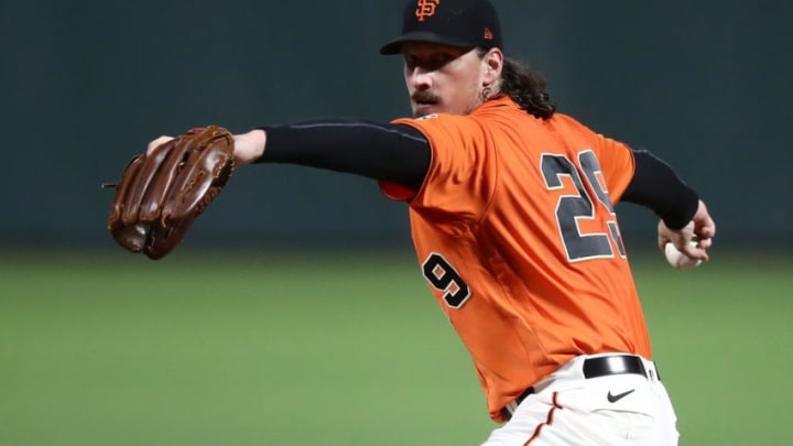 SAN FRANCISCO, CALIFORNIA - SEPTEMBER 25: Jeff Samardzija #29 of the San Francisco Giants pitches against the San Diego Padres in the first inning of game two of their double header at Oracle Park on September 25, 2020 in San Francisco, California. (Photo by Ezra Shaw/Getty Images)
