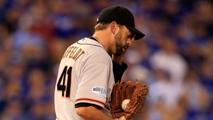 Jeremy Affeldt #41 of the SF Giants could not see while pitching in Game 7 of the 2014 World Series. (Photo by Jamie Squire/Getty Images)