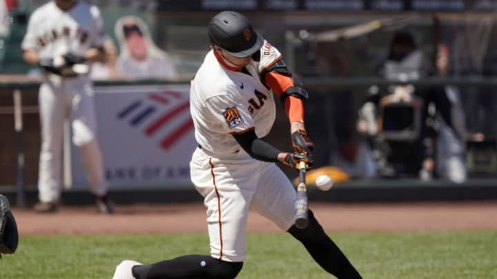 SF Giants' Hunter Pence swings at a pitch. (Photo by Thearon W. Henderson/Getty Images)