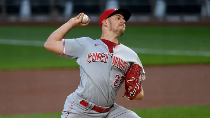 Trevor Bauer #27 of the Cincinnati Reds in action.