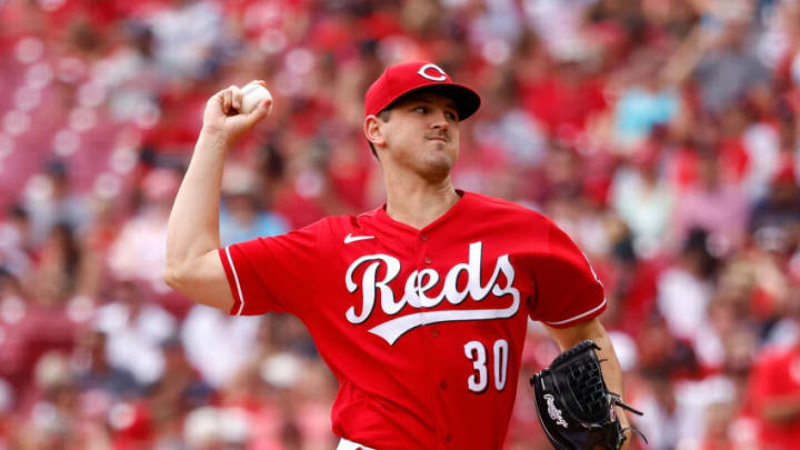 CINCINNATI, OH - AUGUST 08: Tyler Mahle #30 of the Cincinnati Reds pitches. (Photo by Kirk Irwin/Getty Images)