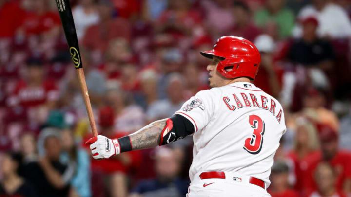 CINCINNATI, OHIO - AUGUST 30: Asdrúbal Cabrera #3 of the Cincinnati Reds bats. (Photo by Dylan Buell/Getty Images)