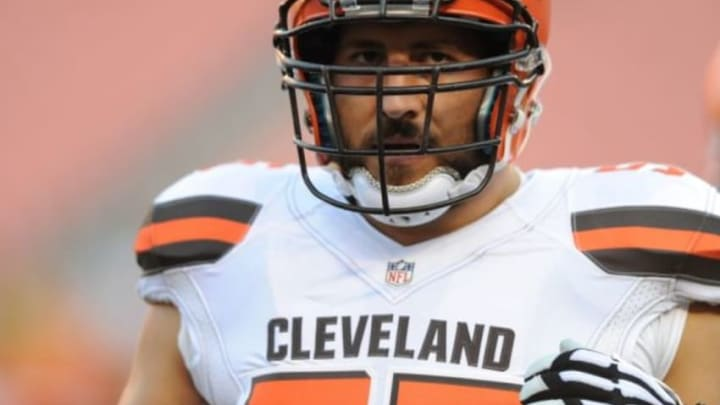 Aug 13, 2015; Cleveland, OH, USA; Cleveland Browns center Alex Mack (55) in a preseason NFL football game at FirstEnergy Stadium. Mandatory Credit: Ken Blaze-USA TODAY Sports