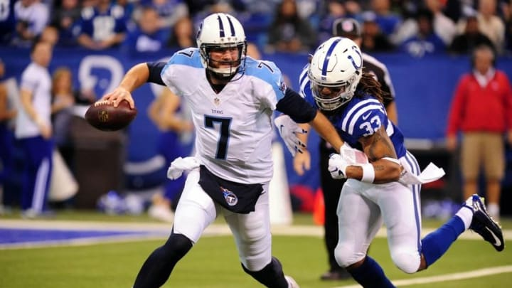 Jan 3, 2016; Indianapolis, IN, USA; Indianapolis Colts safety Dwight Lowery (33) pressures quarterback Tennessee Titans quarterback Zach Mettenberger (7) at Lucas Oil Stadium. Mandatory Credit: Thomas J. Russo-USA TODAY Sports