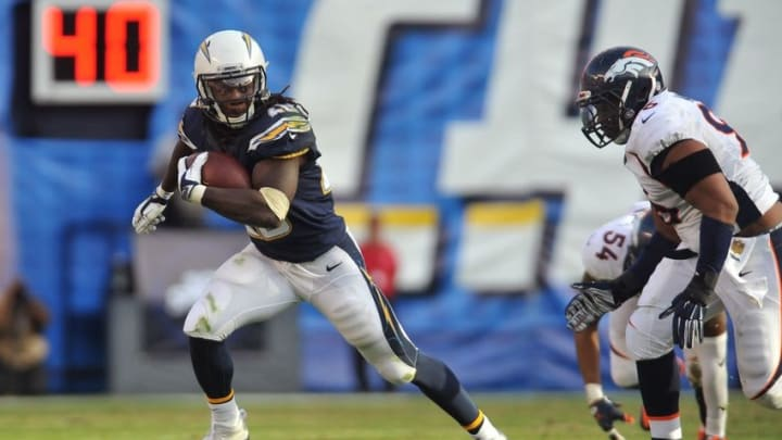 Dec 6, 2015; San Diego, CA, USA; San Diego Chargers running back Melvin Gordon (28) runs the ball during the second half of the game against the Denver Broncos at Qualcomm Stadium. Denver won 17-3. Mandatory Credit: Orlando Ramirez-USA TODAY Sports