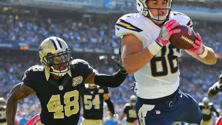 Oct 2, 2016; San Diego, CA, USA; San Diego Chargers tight end Hunter Henry (86) cannot bring in a catch during the second quarter as New Orleans Saints free safety Vonn Bell (48) defends at Qualcomm Stadium. Mandatory Credit: Jake Roth-USA TODAY Sports