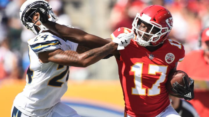 CARSON, CA - SEPTEMBER 09: Wide receiver Chris Conley #17 of the Kansas City Chiefs catches the ball for the first down in the third quarter against cornerback Trevor Williams #24 of the Los Angeles Chargers at StubHub Center on September 9, 2018 in Carson, California. (Photo by Kevork Djansezian/Getty Images)