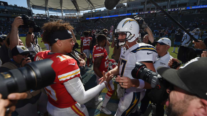CARSON, CA – SEPTEMBER 09: Quartebacks Patrick Mahomes #15 of the Kansas City Chiefs and Philip Rivers #17 of the Los Angeles Chargers shake hands after the game at StubHub Center on September 9, 2018 in Carson, California. (Photo by Kevork Djansezian/Getty Images)