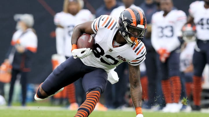 CHICAGO, ILLINOIS – SEPTEMBER 29: Javon Wims #83 of the Chicago Bears runs with the ball in the first quarter against the Minnesota Vikings at Soldier Field on September 29, 2019, in Chicago, Illinois. (Photo by Dylan Buell/Getty Images)