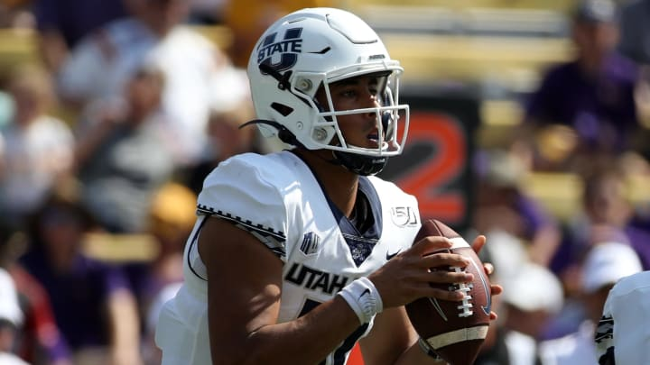 BATON ROUGE, LOUISIANA – OCTOBER 05: Quarterback Jordan Love #10 of the Utah State Aggies looks to throw a pass against the LSU Tigers at Tiger Stadium on October 05, 2019, in Baton Rouge, Louisiana. (Photo by Chris Graythen/Getty Images)