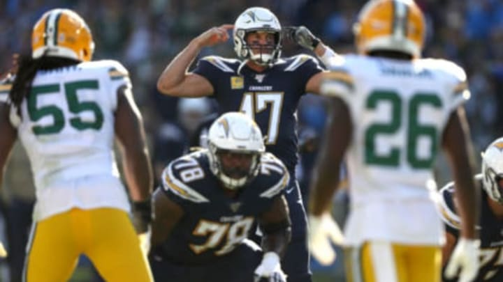 CARSON, CALIFORNIA – NOVEMBER 03: Philip Rivers #17 of the Los Angeles Chargers makes a call at the line of scrimmage during the first half of a game against the Green Bay Packers at Dignity Health Sports Park on November 03, 2019 in Carson, California. (Photo by Sean M. Haffey/Getty Images)