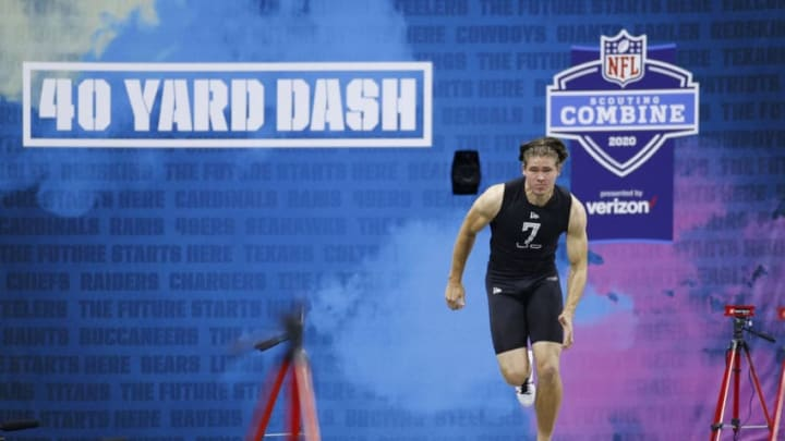 INDIANAPOLIS, IN - FEBRUARY 27: Quarterback Justin Herbert of Oregon runs the 40-yard dash during NFL Scouting Combine at Lucas Oil Stadium on February 27, 2020 in Indianapolis, Indiana. (Photo by Joe Robbins/Getty Images)