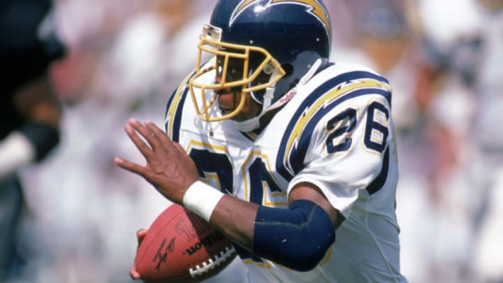 LOS ANGELES - SEPTEMBER 28: Running back Lionel James #26 of the San Diego Chargers runs with the ball during a game against the Los Angeles Raiders at the Los Angeles Memorial Coliseum on September 28, 1986 in Los Angeles, California. The Raiders won 17-13. (Photo by George Rose/Getty Images)