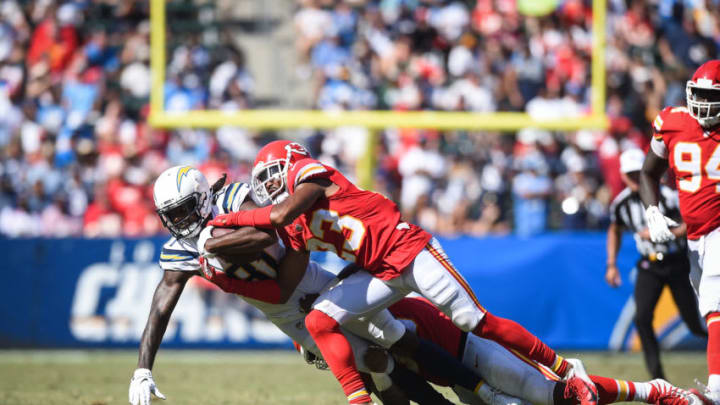 CARSON, CA - SEPTEMBER 09: Wide receiver Mike Williams #81 of the Los Angeles Chargers catches the ball and is tackled by cornerback Kendall Fuller #23 of the Kansas City Chiefs at StubHub Center on September 9, 2018 in Carson, California. (Photo by Kevork Djansezian/Getty Images)