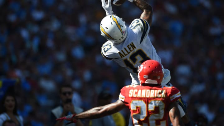CARSON, CA - SEPTEMBER 09: Wide receiver Keenan Allen #13 of the Los Angeles Chargers makes a catch in front of cornerback Orlando Scandrick #22 of the Kansas City Chiefs at StubHub Center on September 9, 2018 in Carson, California. (Photo by Kevork Djansezian/Getty Images)